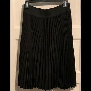 Apt 9 pleated black skirt